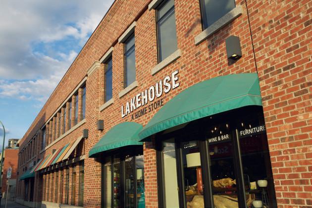 Lakehouse-on-Bernard-Avenue